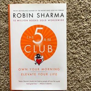 The 5am Club book